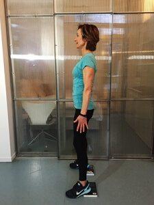 Squat starthouding - zijaanzicht
